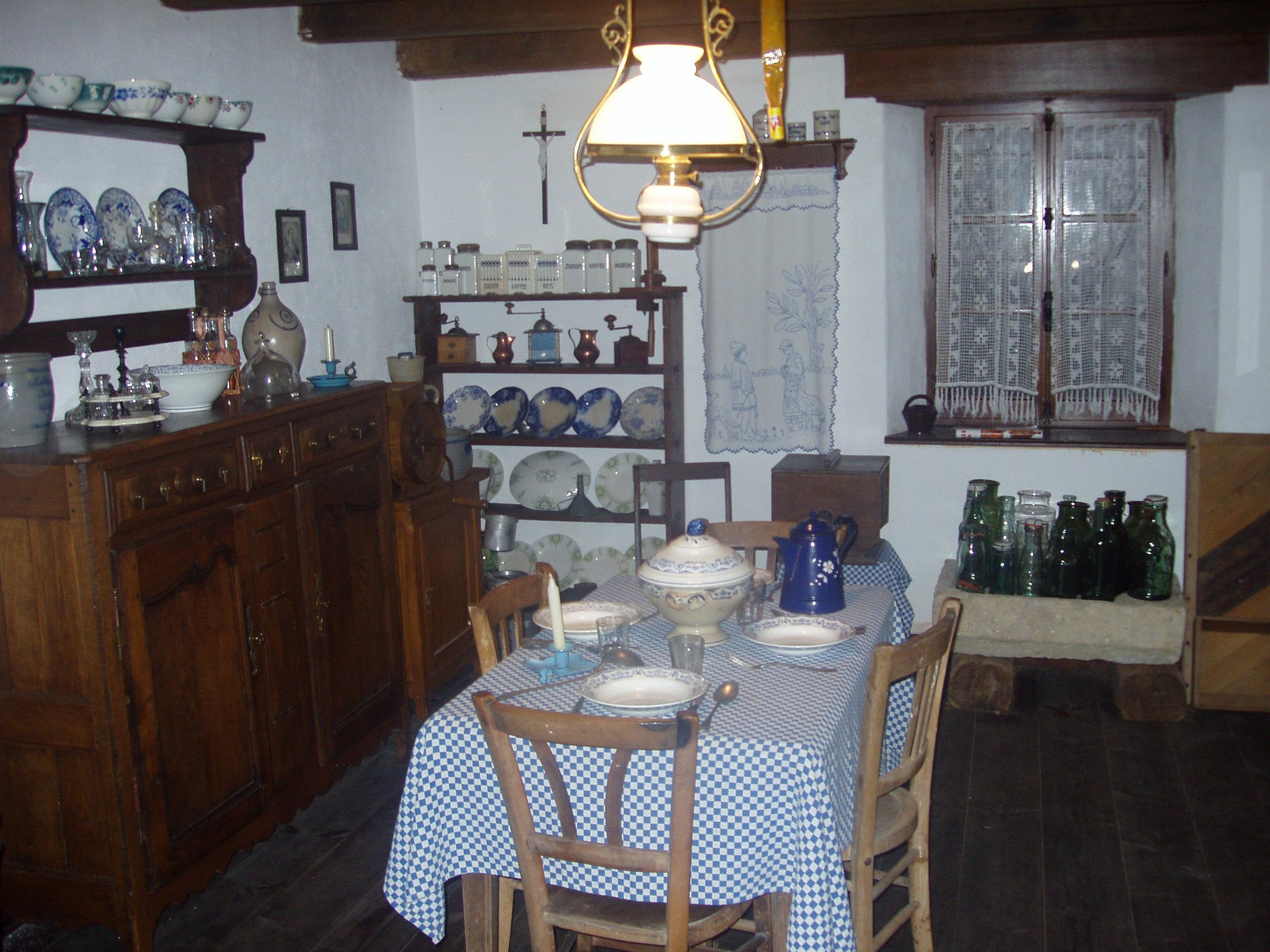 Ble archives la vieille maison lorraine de gomelange f te ses 300 ans - Interieurs de maison ...