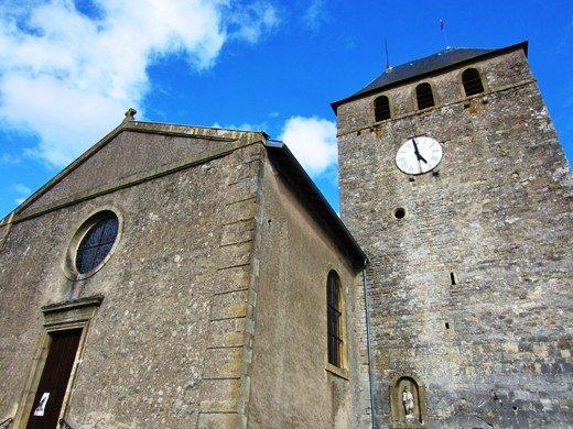 Des aîtres fortifiés de la vallée du Rupt-de-Mad dans Culture et patrimoine Eglise-Onville