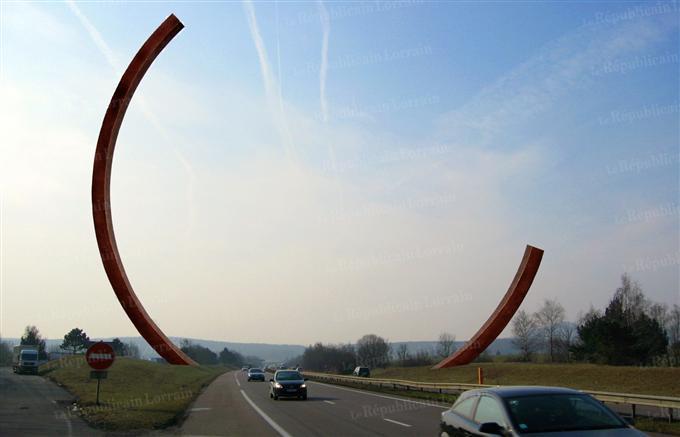 La plus grande sculpture du monde en Lorraine ?  dans Actualité sculpture-Bernar-Venet-A-31