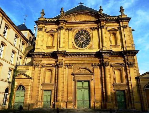 Reliques de Sainte Lucie à Metz dans Culture et patrimoine eglise-saint-clement-metz