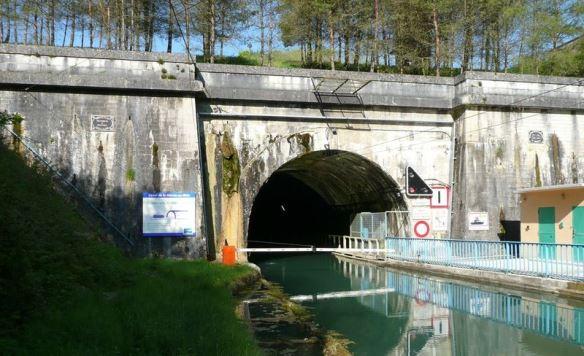 Le Tunnel à bateau de Mauvages en Meuse dans Culture et patrimoine tunnel-bateau-mauvages