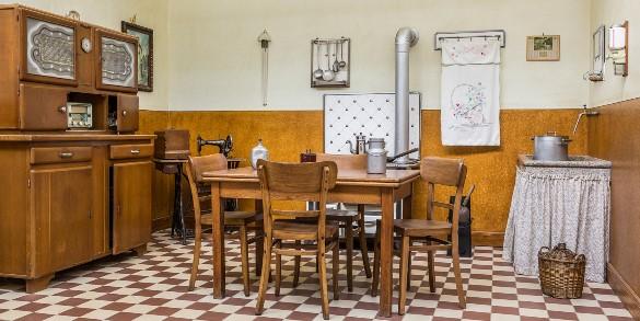 Ble archives authentique plong e souterraine au mus e for Deco cuisine 1950
