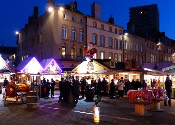 Marchés de Noël Metz Place Saint-Louis
