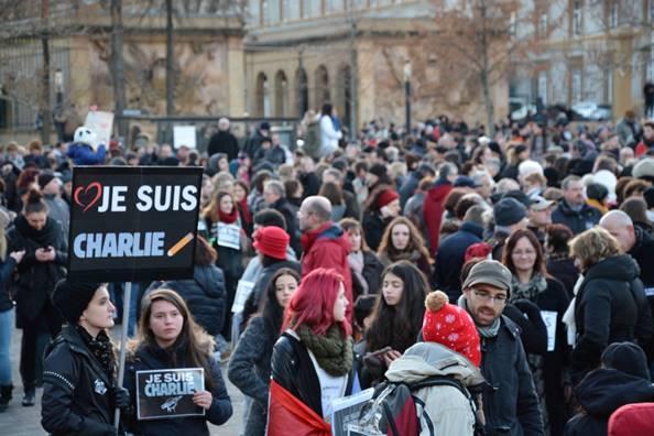 Manifestation Charlie Hendo Metz